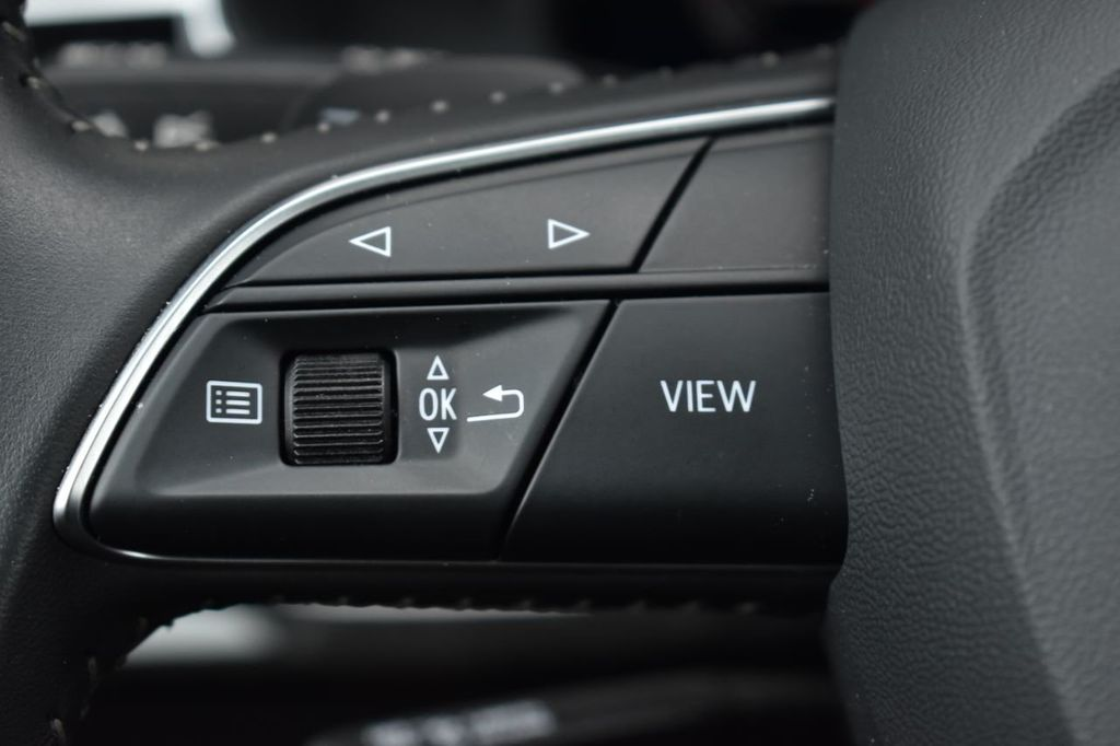2019 Audi Q8 3.0 TFSI Premium - 18295136 - 19
