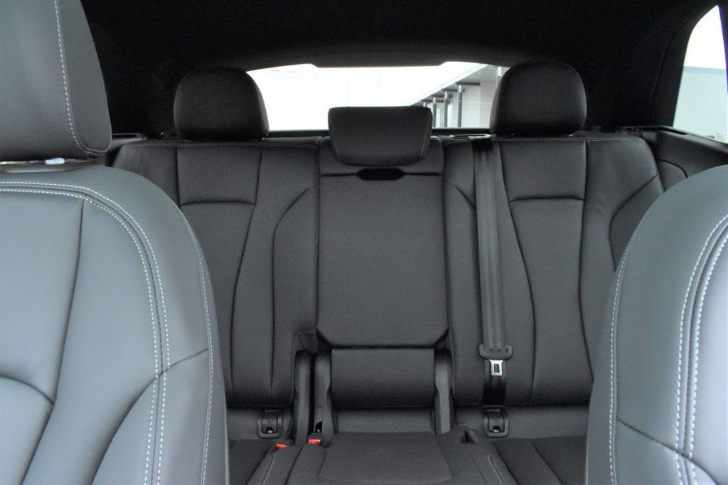 2019 Audi Q8 3.0 TFSI Premium - 18440777 - 12