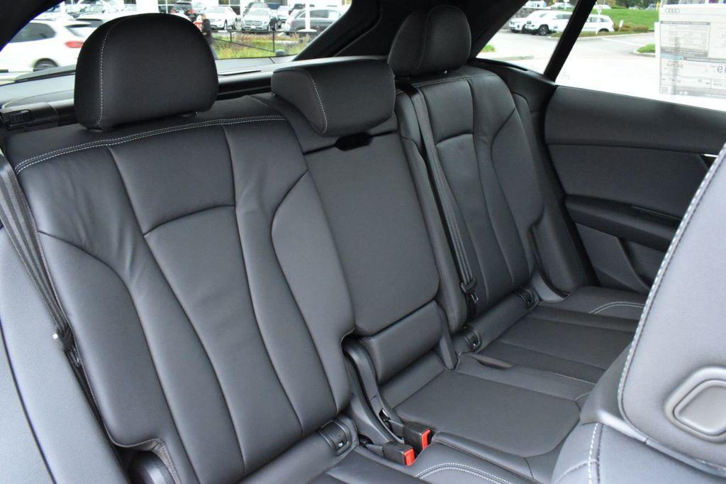 2019 Audi Q8 3.0 TFSI Premium - 18440777 - 34