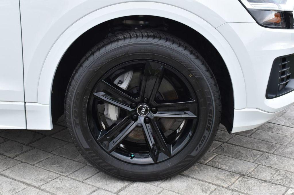 2019 Audi Q8 3.0 TFSI Premium - 18440777 - 4