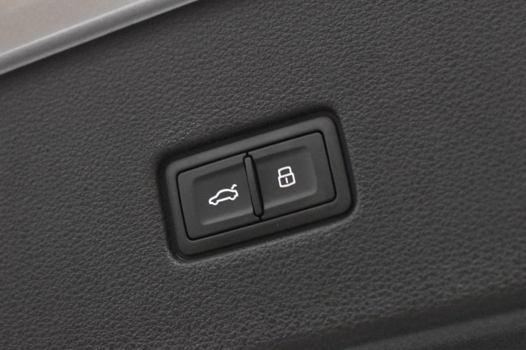 2019 Audi Q8 3.0 TFSI Premium Plus - 18632524 - 33