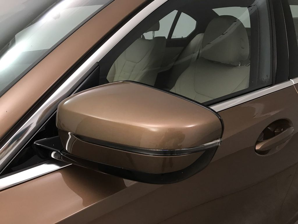 2019 BMW 3 Series 330i - 18761554 - 10