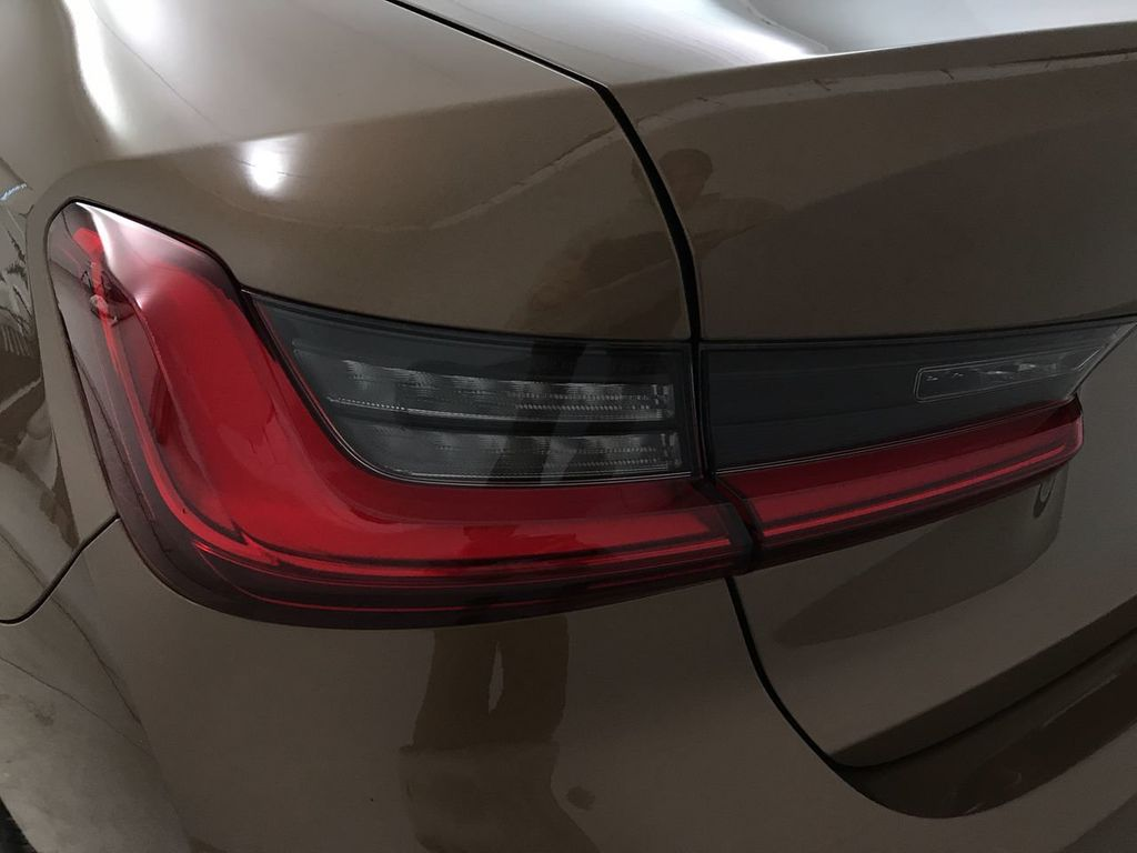2019 BMW 3 Series 330i - 18761554 - 11