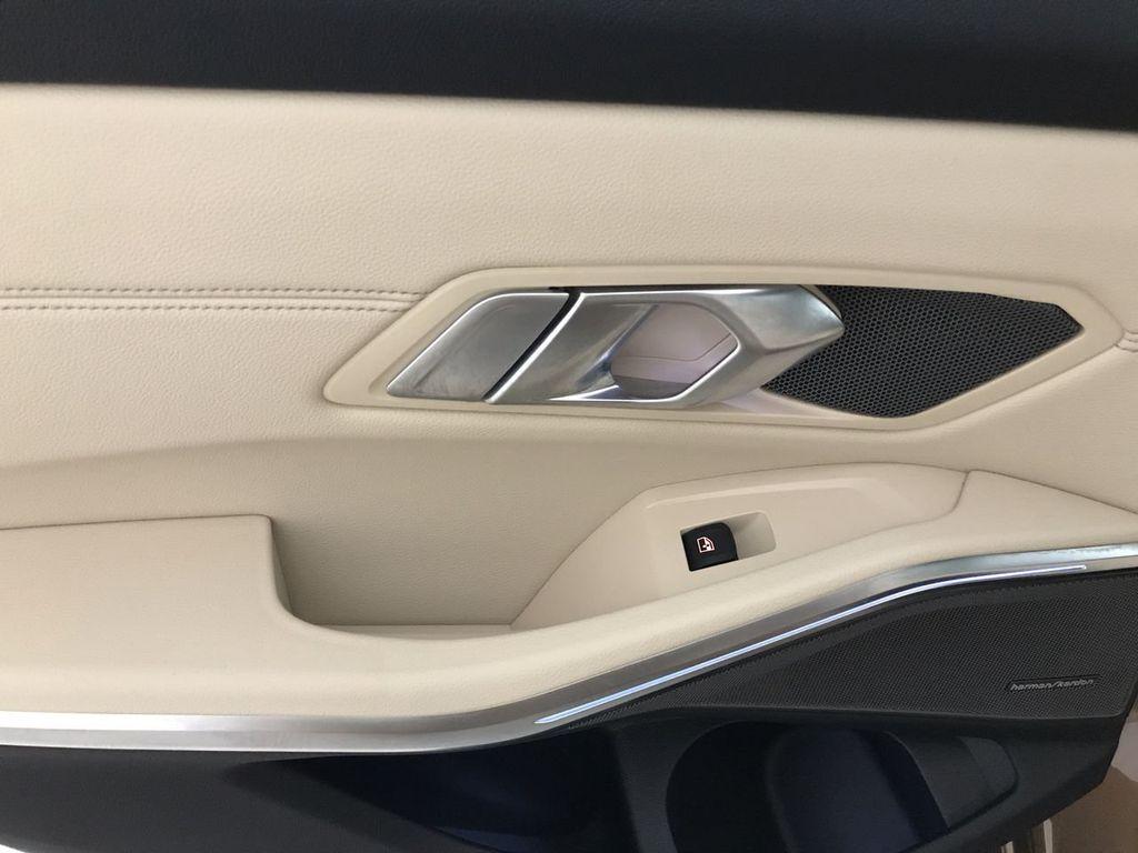 2019 BMW 3 Series 330i - 18761554 - 23