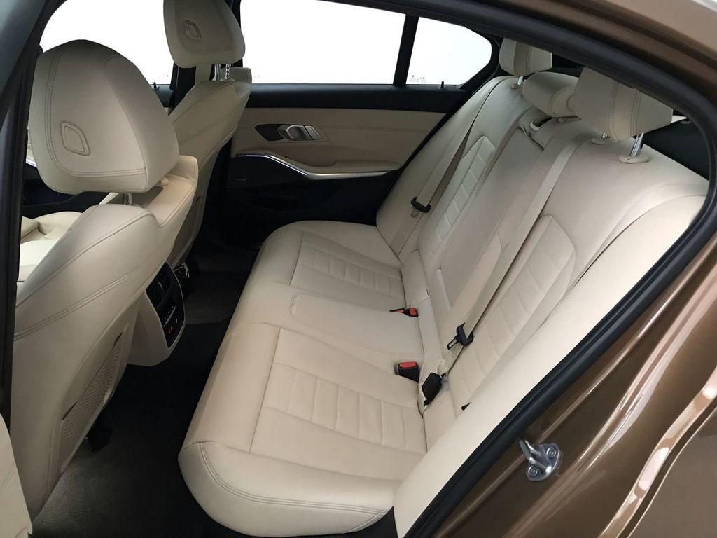 2019 BMW 3 Series 330i - 18761554 - 24