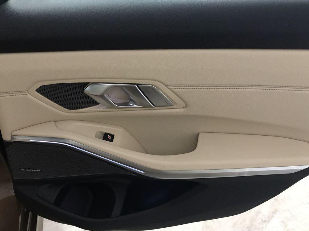2019 BMW 3 Series 330i - 18761554 - 25