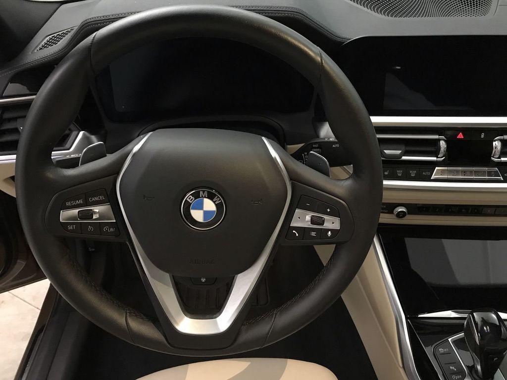 2019 BMW 3 Series 330i - 18761554 - 32