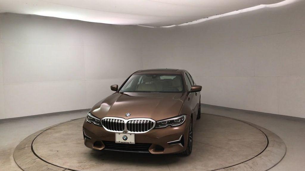 2019 BMW 3 Series 330i - 18761554 - 3