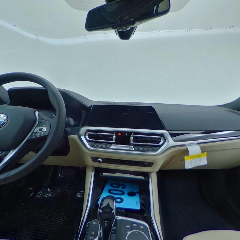 2019 BMW 3 Series 330i - 18761554 - 40