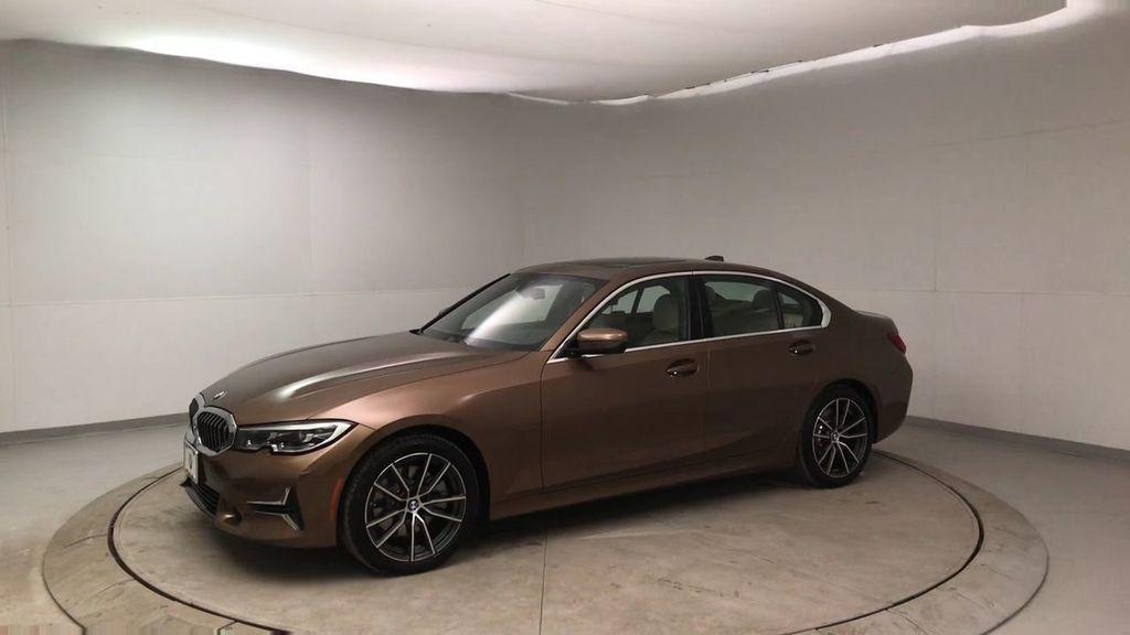 2019 BMW 3 Series 330i - 18761554 - 4