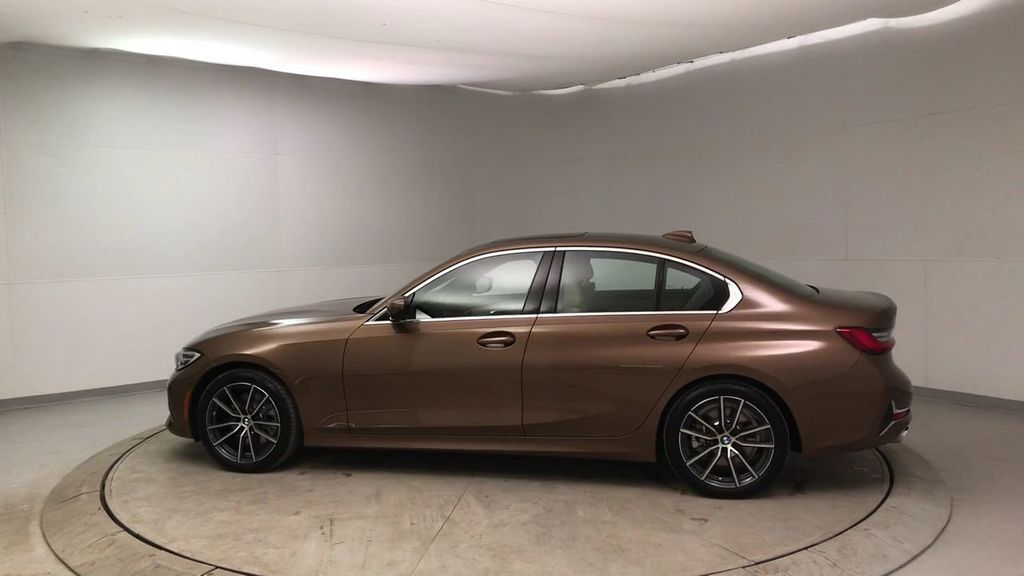 2019 BMW 3 Series 330i - 18761554 - 5