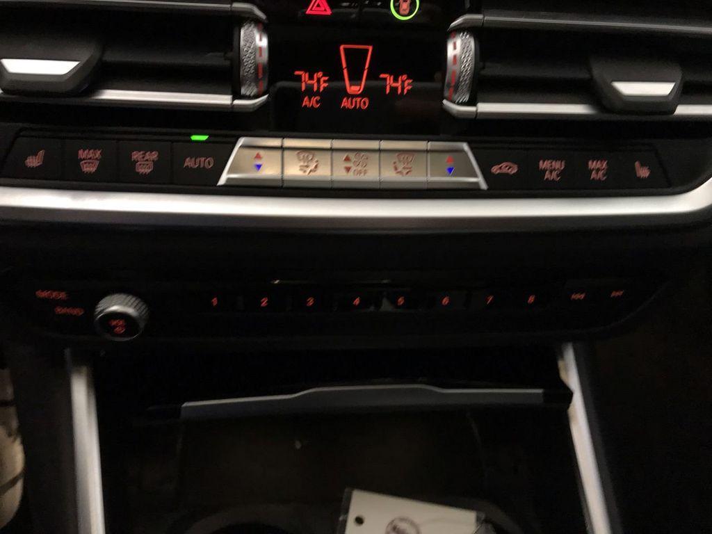 2019 BMW 3 Series 330i - 18813235 - 34