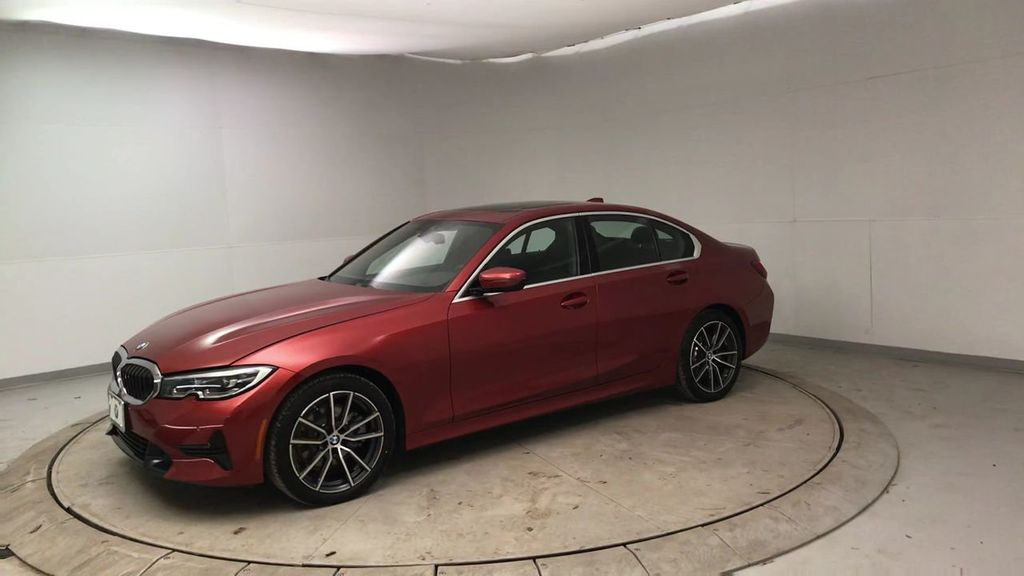 2019 BMW 3 Series 330i - 18813235 - 4