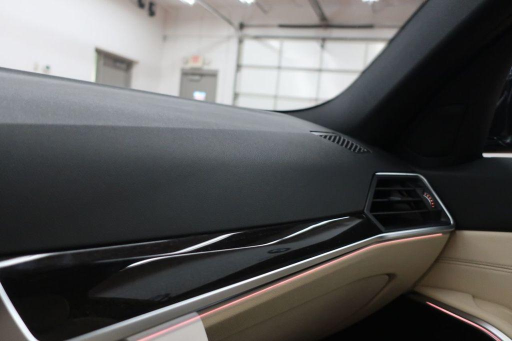 2019 BMW 3 Series 330i - 18706189 - 31