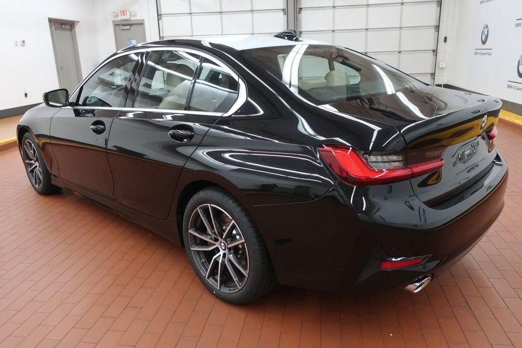 2019 BMW 3 Series 330i - 18706189 - 3