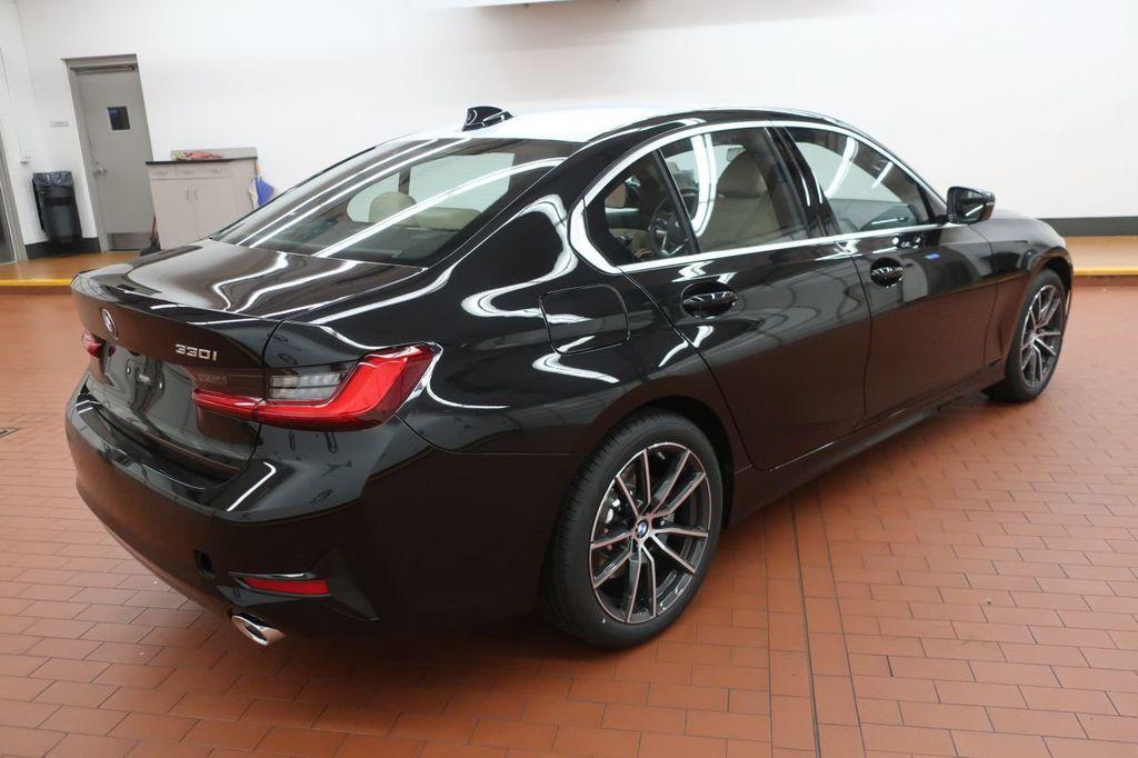 2019 BMW 3 Series 330i - 18706189 - 5