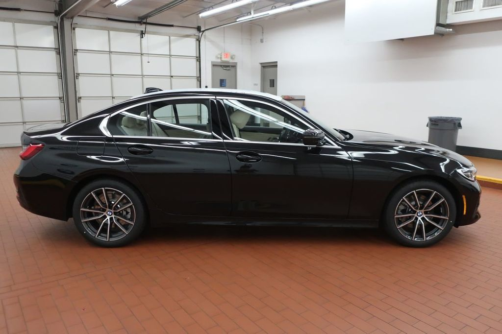 2019 BMW 3 Series 330i - 18706189 - 6