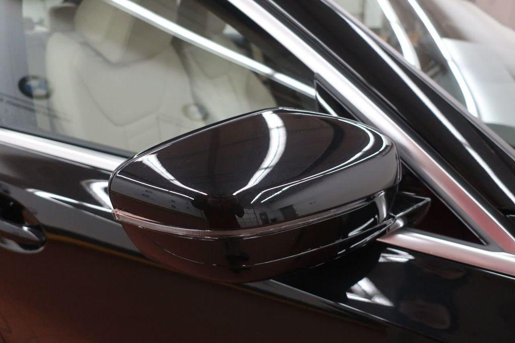 2019 BMW 3 Series 330i - 18706189 - 7