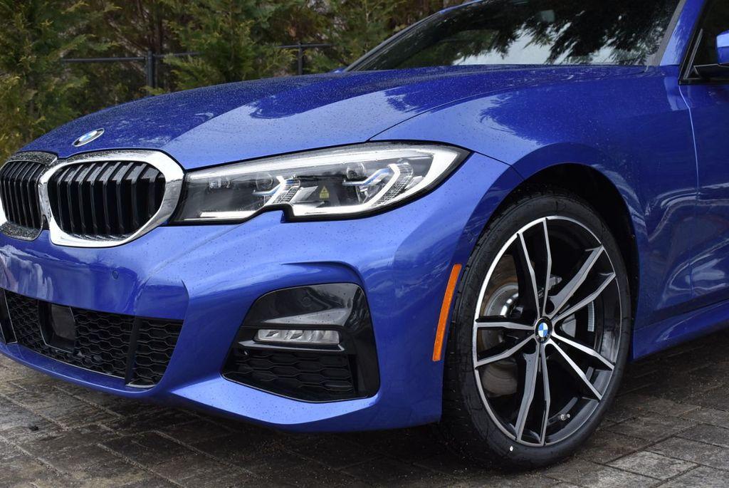 2019 BMW 3 series 330i xDrive - 18610026 - 11