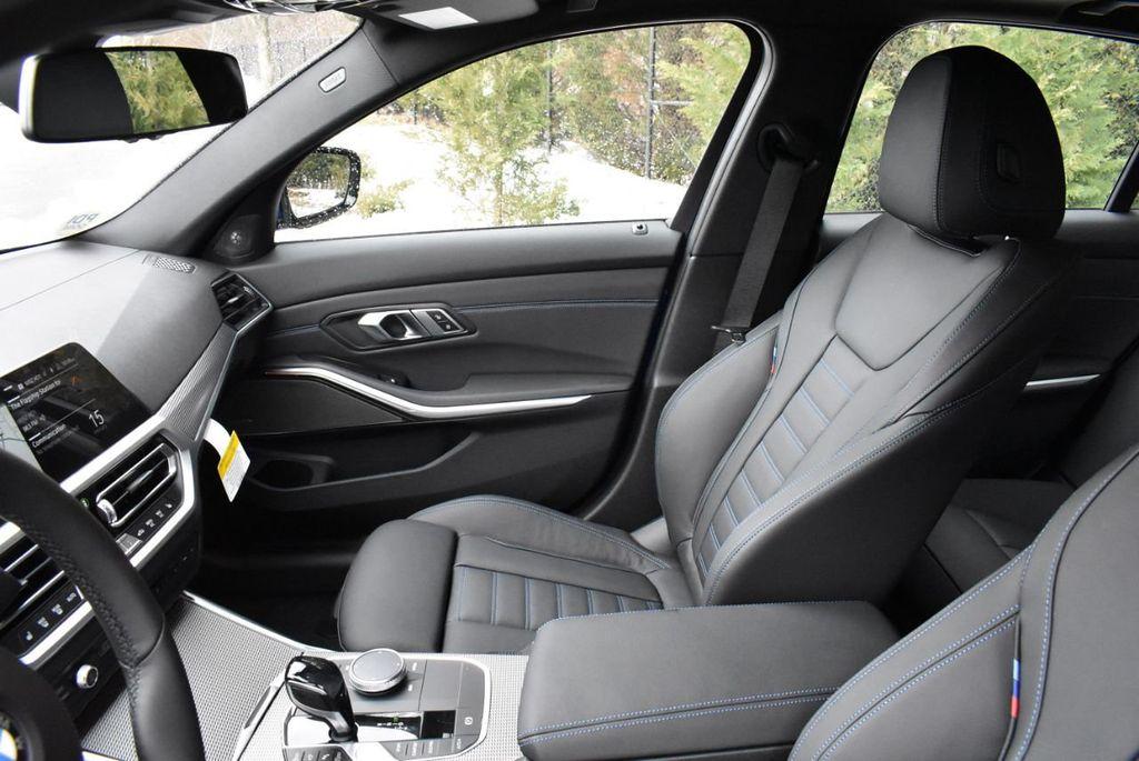2019 BMW 3 series 330i xDrive - 18610026 - 13