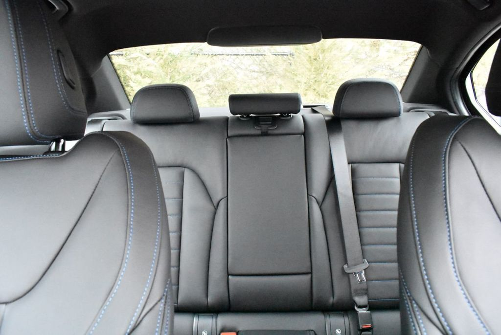 2019 BMW 3 series 330i xDrive - 18610026 - 14