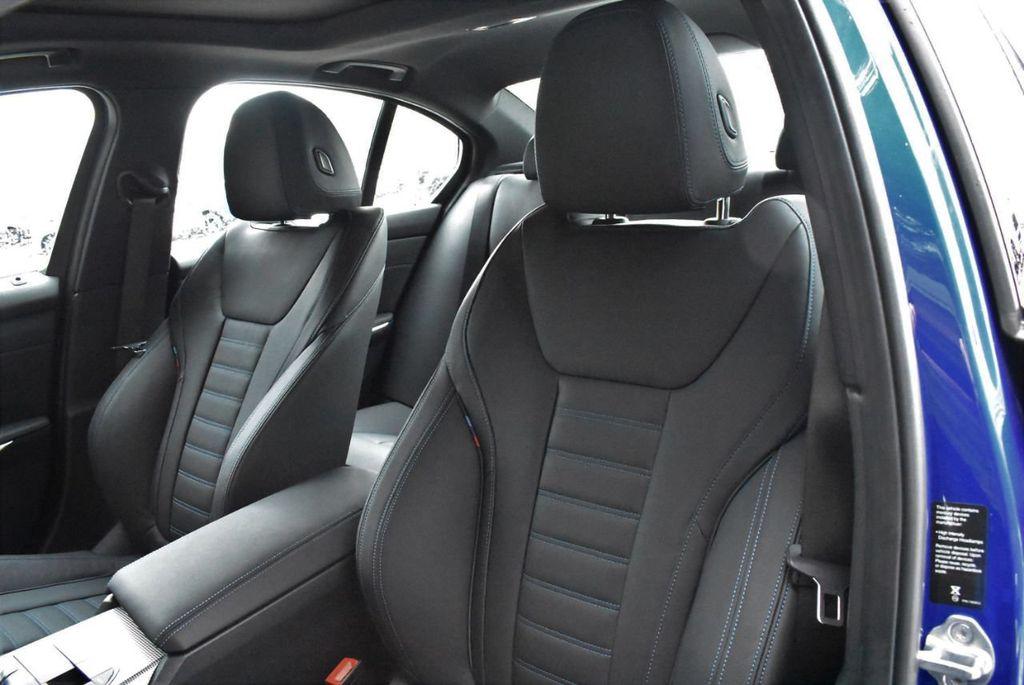 2019 BMW 3 series 330i xDrive - 18610026 - 16