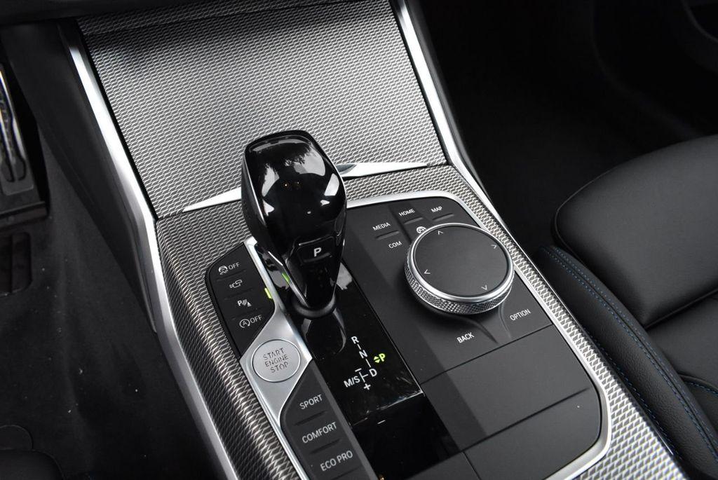 2019 BMW 3 series 330i xDrive - 18610026 - 24