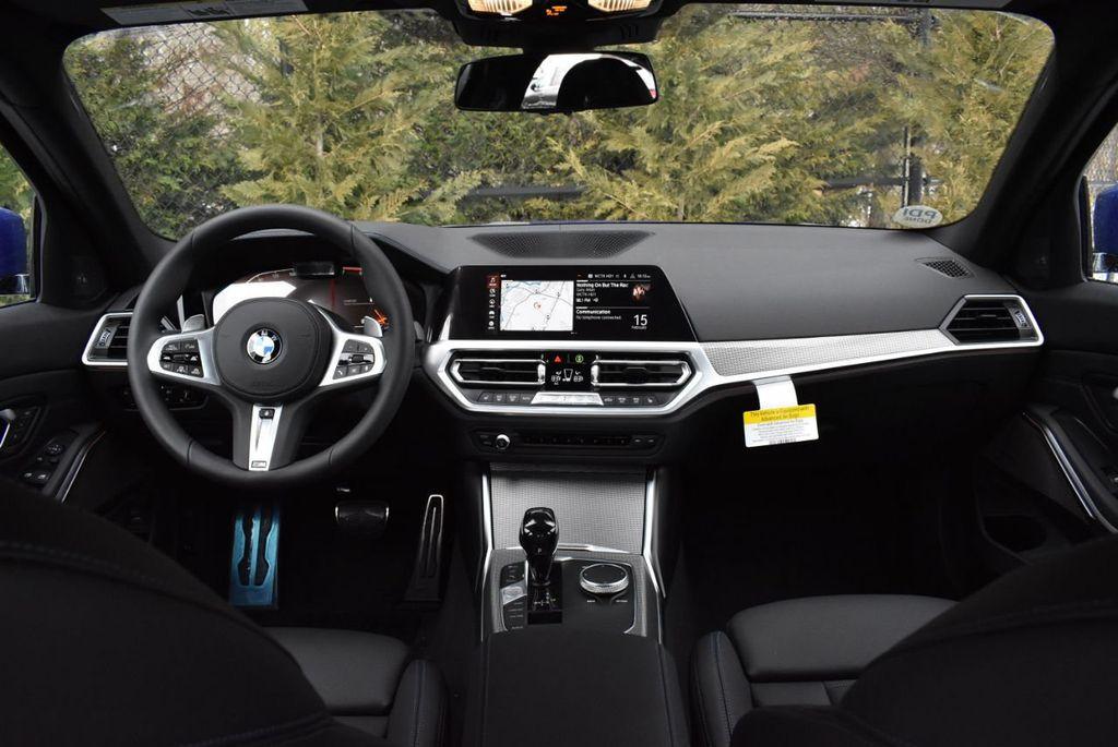 2019 BMW 3 series 330i xDrive - 18610026 - 35