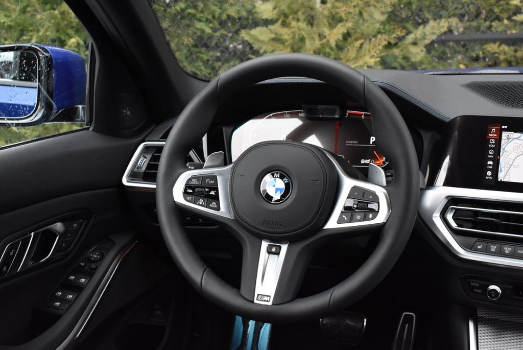 2019 BMW 3 series 330i xDrive - 18610026 - 39
