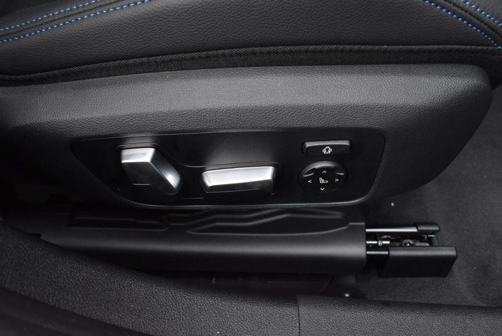 2019 BMW 3 series 330i xDrive - 18610026 - 47