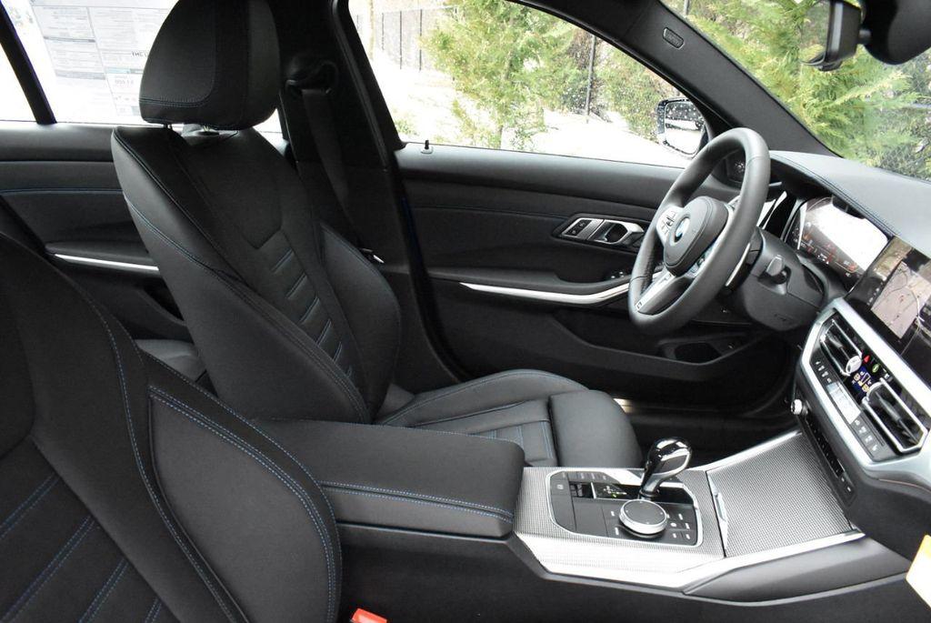 2019 BMW 3 series 330i xDrive - 18610026 - 48