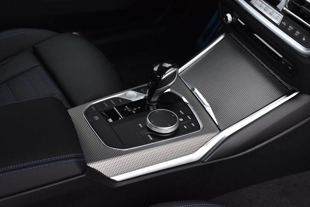 2019 BMW 3 series 330i xDrive - 18610026 - 51