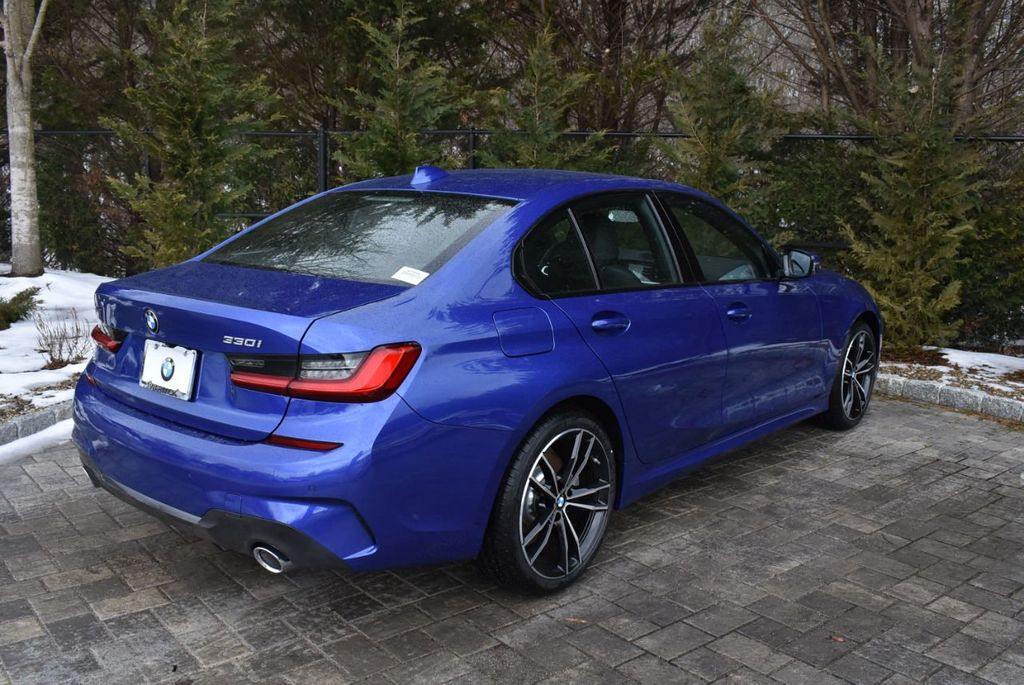 2019 BMW 3 series 330i xDrive - 18610026 - 5