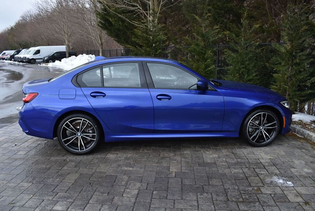 2019 BMW 3 series 330i xDrive - 18610026 - 6