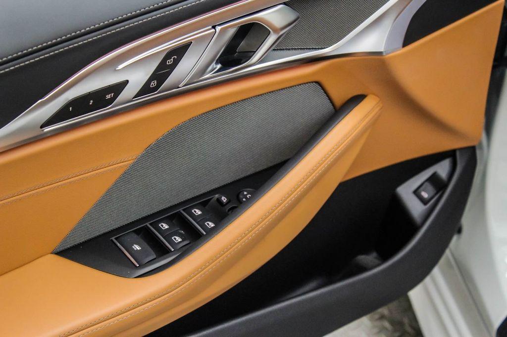 2019 BMW 8 Series M850i xDrive - 18666031 - 15