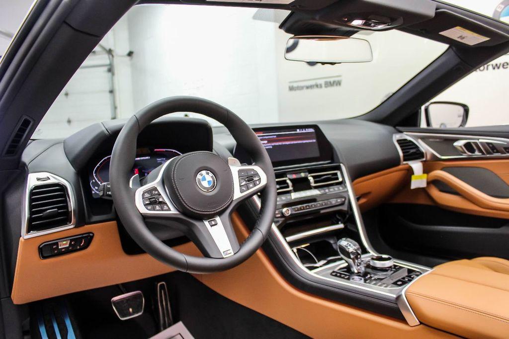 2019 BMW 8 Series M850i xDrive - 18666031 - 16