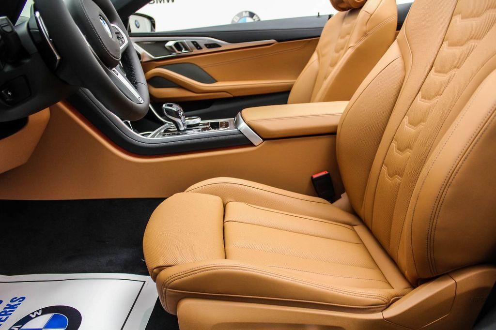 2019 BMW 8 Series M850i xDrive - 18666031 - 17