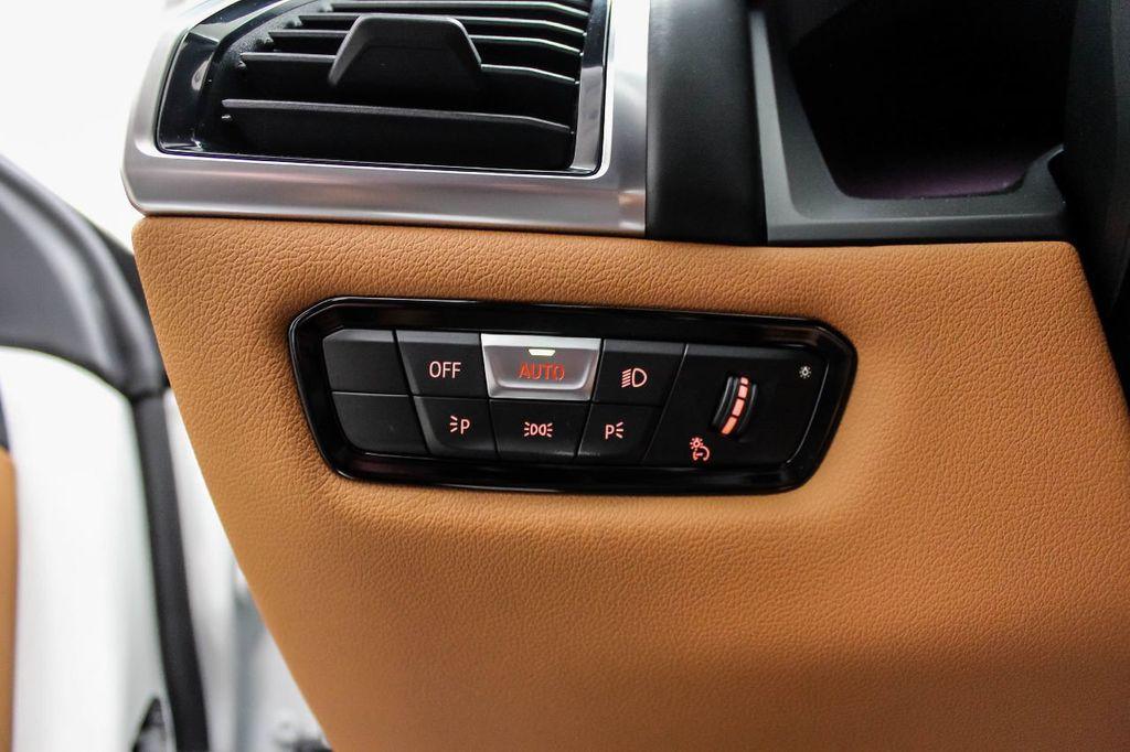 2019 BMW 8 Series M850i xDrive - 18666031 - 19