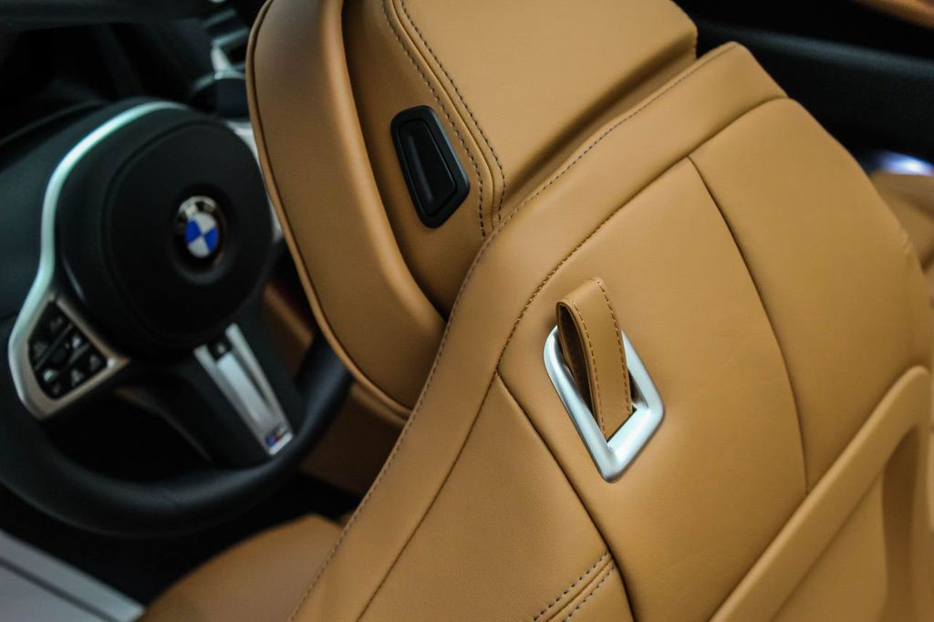 2019 BMW 8 Series M850i xDrive - 18666031 - 29
