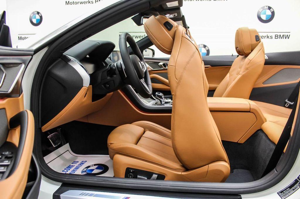 2019 BMW 8 Series M850i xDrive - 18666031 - 30