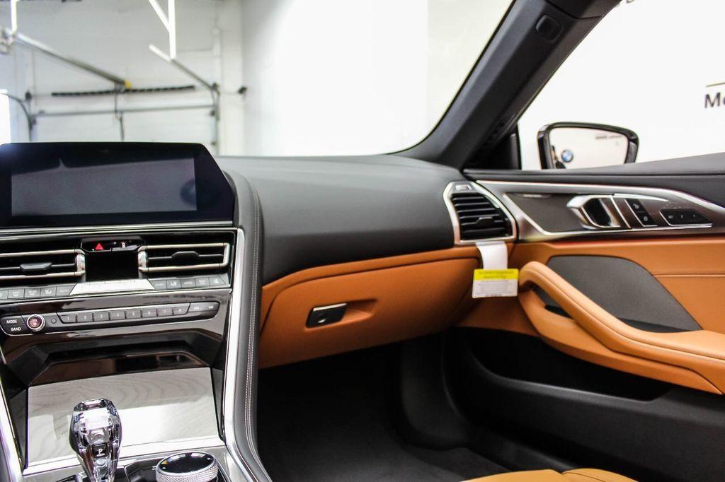2019 BMW 8 Series M850i xDrive - 18666031 - 34
