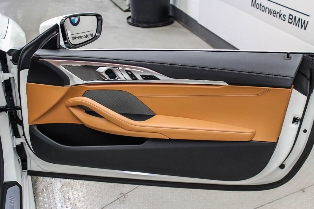 2019 BMW 8 Series M850i xDrive - 18666031 - 36