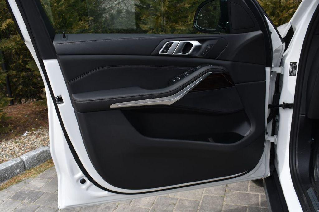 2019 BMW X5 xDrive40i Sports Activity Vehicle - 18784856 - 30