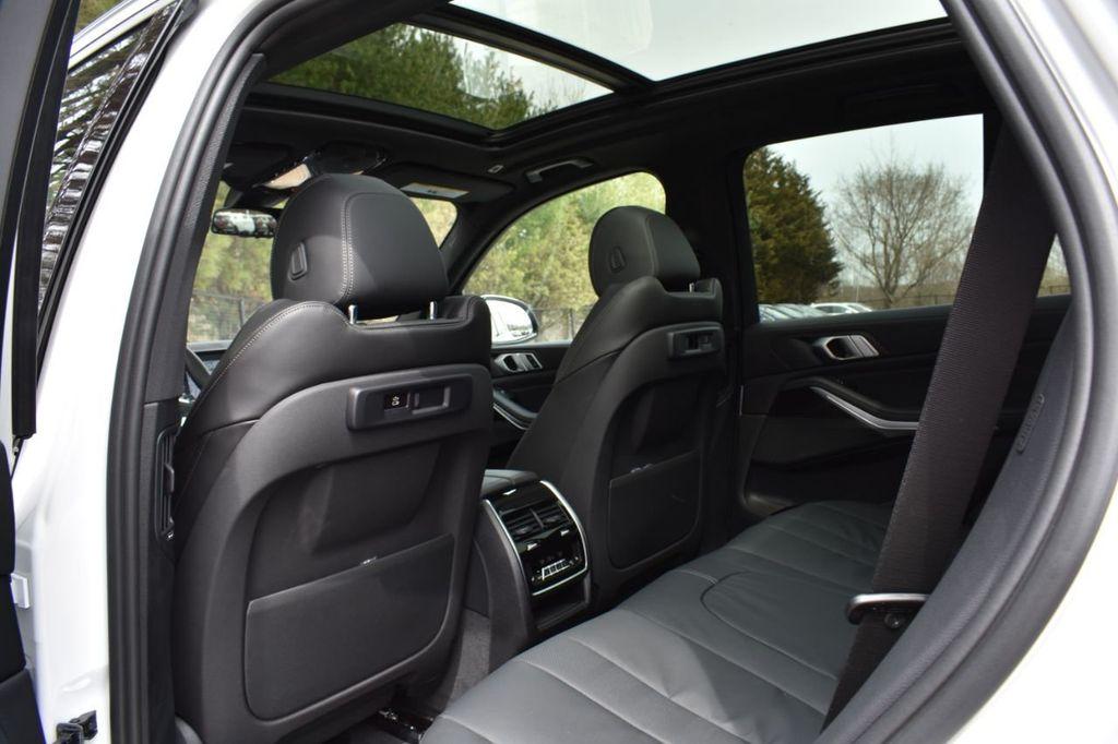 2019 BMW X5 xDrive40i Sports Activity Vehicle - 18784856 - 33