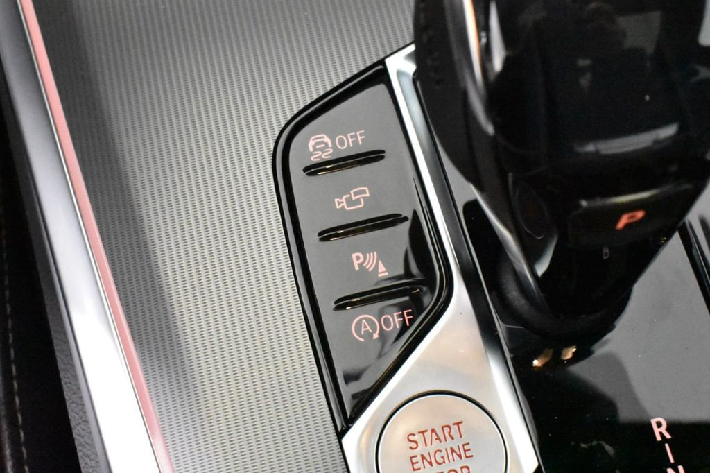 2019 BMW X5 xDrive50i Sports Activity Vehicle - 18644961 - 22
