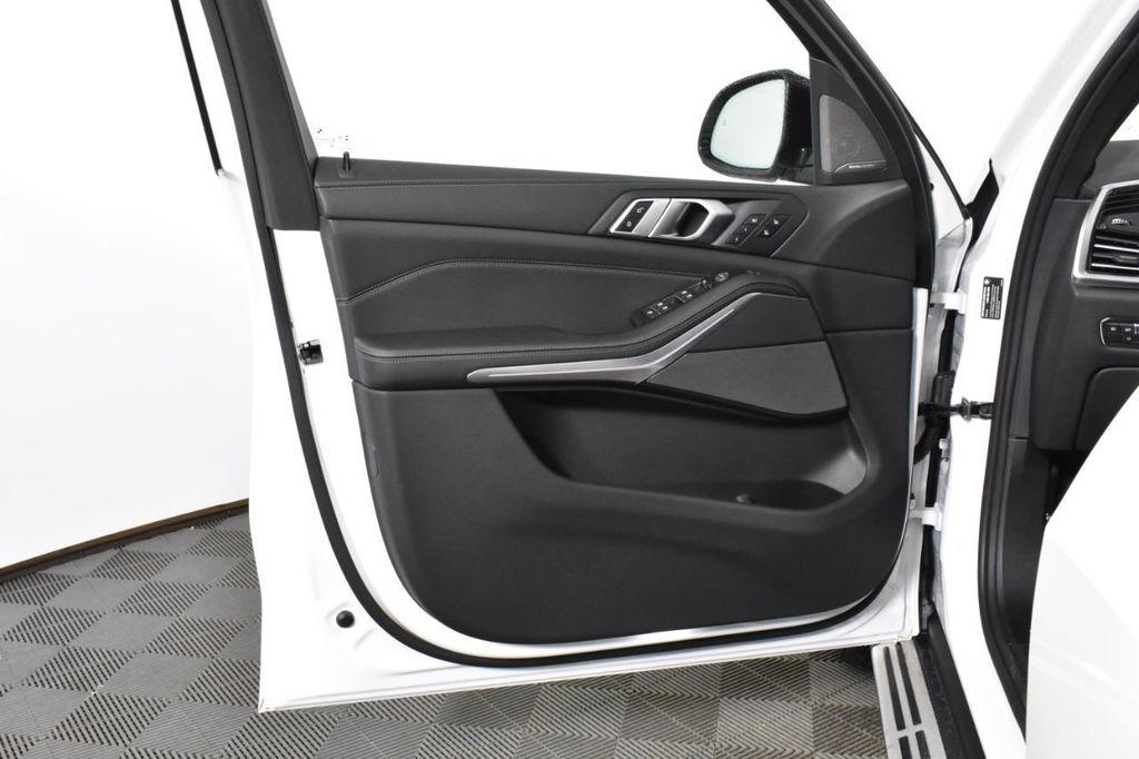 2019 BMW X5 xDrive50i Sports Activity Vehicle - 18644961 - 26