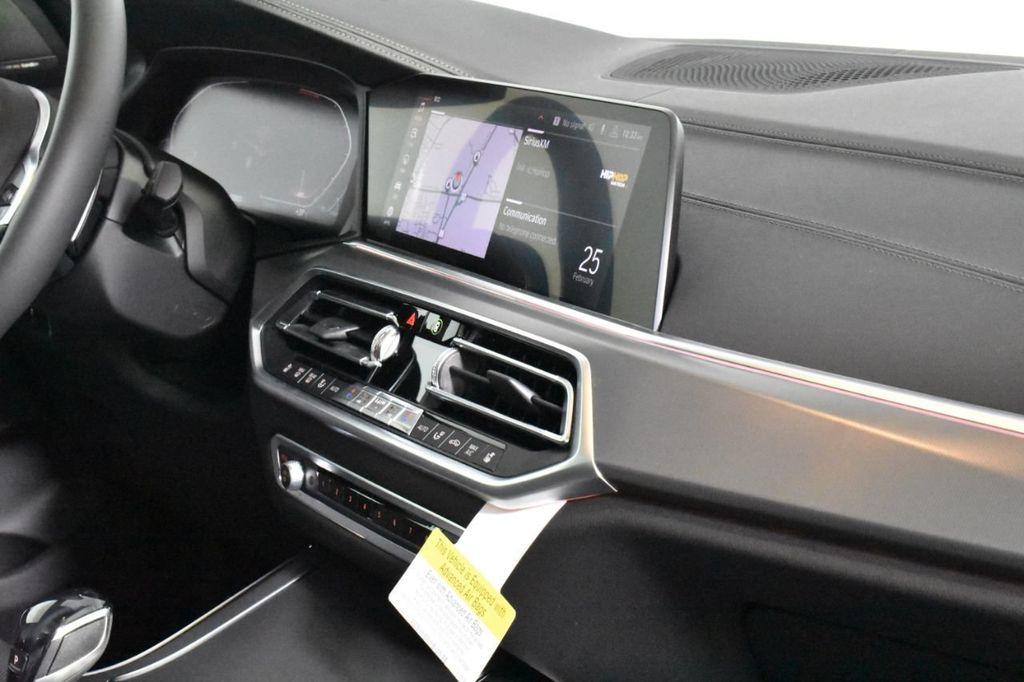 2019 BMW X5 xDrive50i Sports Activity Vehicle - 18644961 - 40