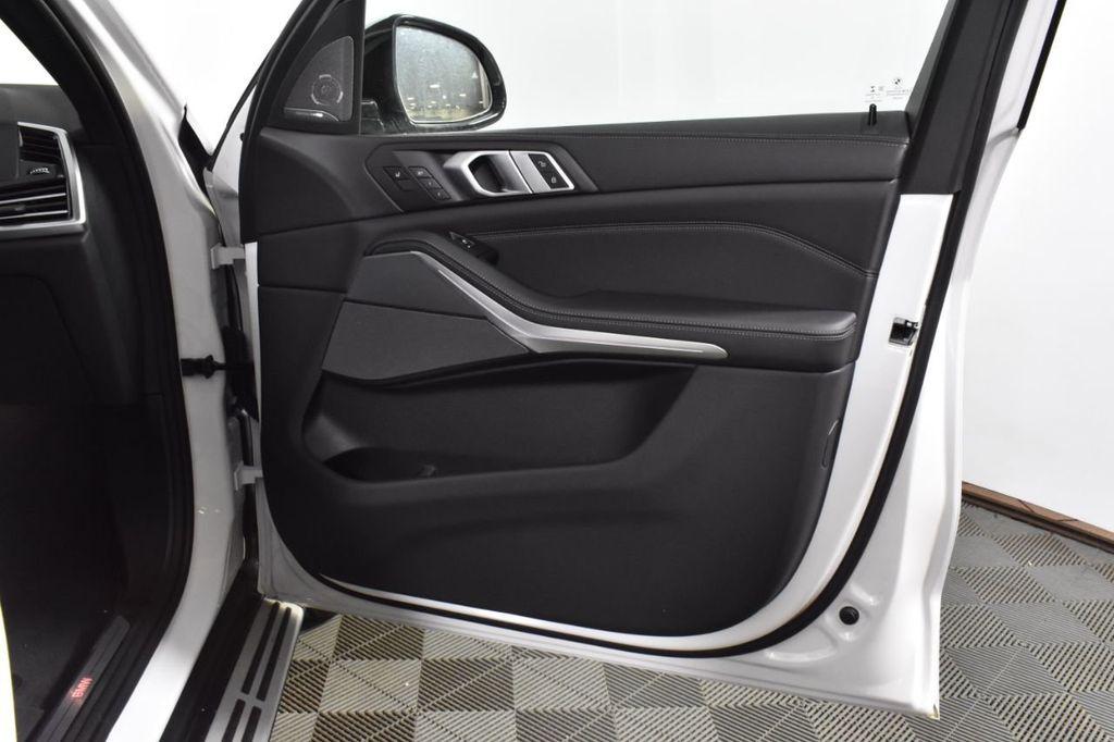 2019 BMW X5 xDrive50i Sports Activity Vehicle - 18644961 - 43