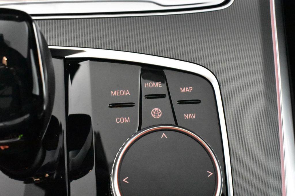 2019 BMW X5 xDrive50i Sports Activity Vehicle - 18644966 - 25