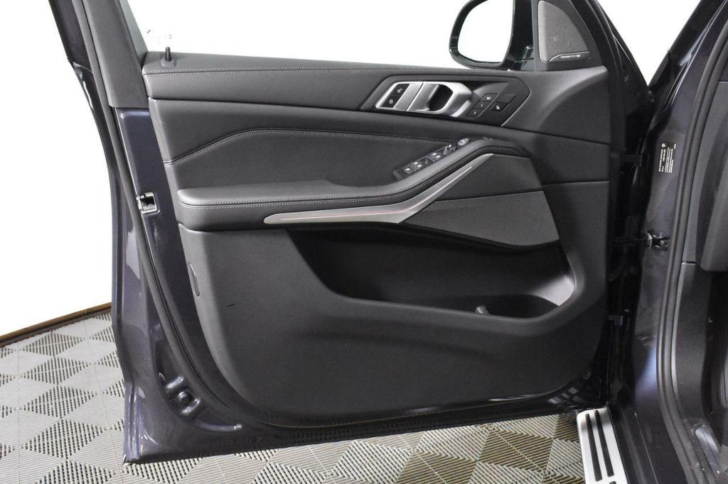 2019 BMW X5 xDrive50i Sports Activity Vehicle - 18644966 - 27